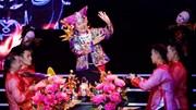 Xuân Hinh múa 'hầu đồng' trên sân khấu liveshow 10 tỷ đồng