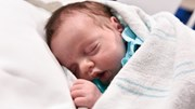 Kỳ lạ em bé được sinh ra 2 lần