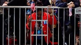 Hillary Clinton bại trận: Nước Mỹ ngập tràn trong nước mắt