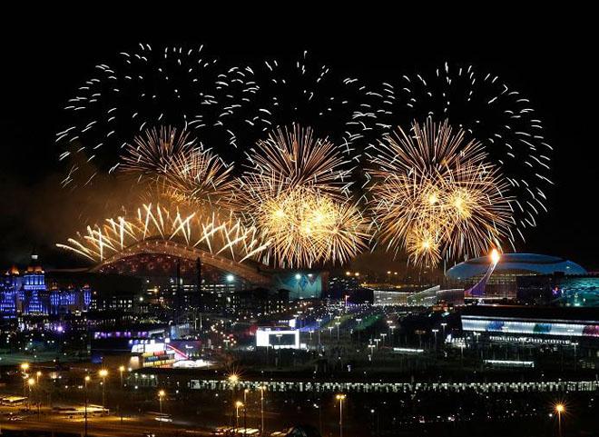 Xem màn pháo hoa rực rỡ lễ khai mạc Olympic Sochi