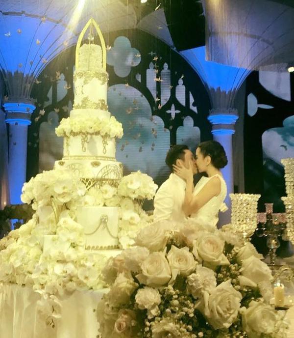 MC Mai Ngọc tung loạt hình ảnh trong hôn lễ và clip