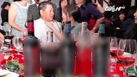 """Ngọc Trinh và tỷ phú Hoàng Kiều """"hợp đồng tình yêu"""" để PR rượu?"""