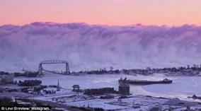 Bức tường sương khói như 'ngày tận thế' ở Mỹ
