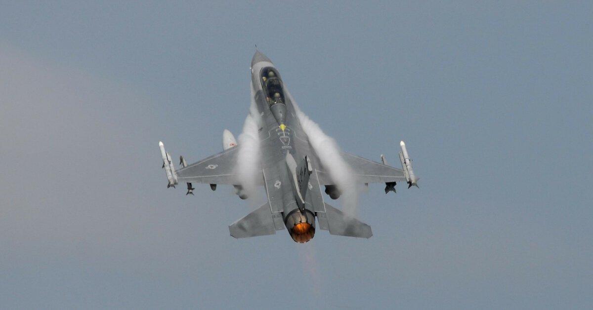"""F-16 dùng """"bom âm thanh"""" cứu mạng đặc nhiệm Anh ở Iraq - 2"""