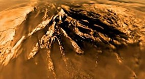 NASA công bố thể sống kỳ lạ trên trong hồ metan lỏng trên mặt trăng Sao Thổ