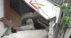 Xe tải cán người rồi đâm sập 2 nhà dân
