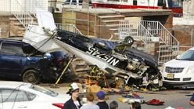 Mỹ: Máy bay vỡ nát vì lao thẳng xuống khu dân cư ở New Jersey