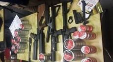 Phát hiện lô súng hiện đại cùng cả ngàn viên đạn ở sân bay Nội Bài