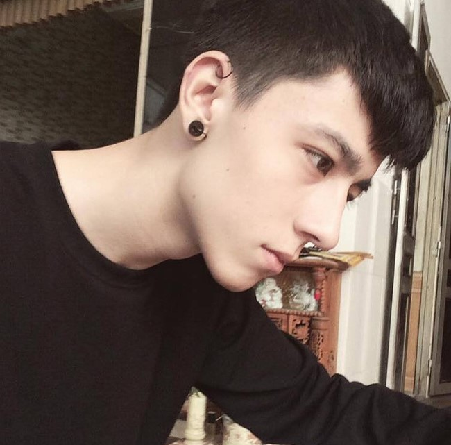 Hot boy lai Tay noi tieng trong gioi tre Viet hinh anh 2