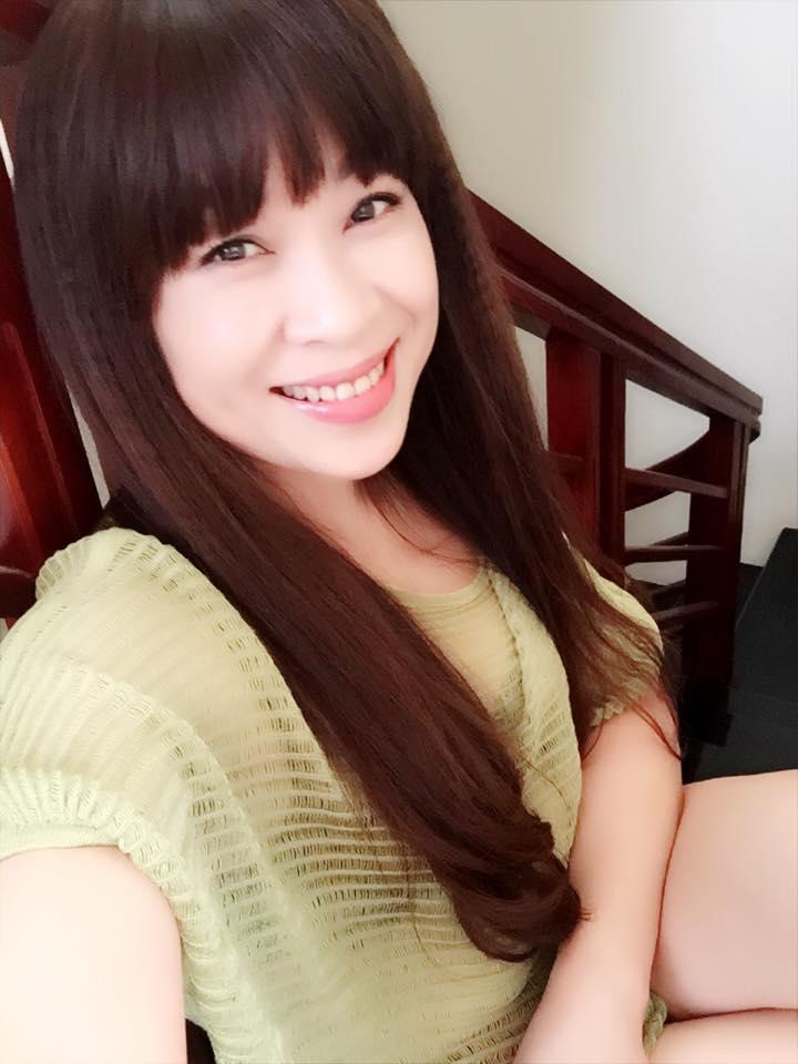 """Nhờ bí quyết này, bà mẹ U50 ở Lào Cai trẻ đẹp """"ăn đứt"""" gái 18 - 11"""