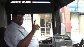 Chỉ một câu nói, tài xế xe buýt đã cứu sống được người phụ nữ định tự tử