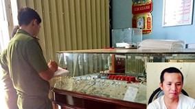 Bắt nghi can vụ trộm hơn 100 lượng vàng