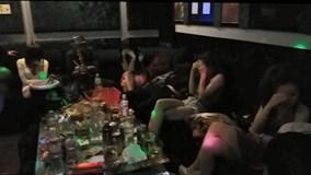 Đột kích quán karaoke, bắt quả tang 'nam thanh nữ tú' đang phê thuốc