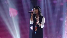 Cẩm Ly ngỡ ngàng trước giọng hát tình cảm của bé Linh Phương