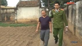 Bắt kẻ lăng mạ, cầm can dầu ném công an trọng thương ở Phú Thọ