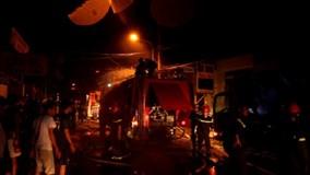 Cháy kinh hoàng ở quận 12, nhiều nhà dân bị thiêu rụi