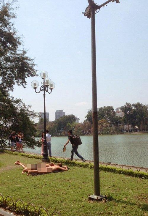 khách Tây, văn hóa, Hồ Gươm, phố đi bộ, du lịch
