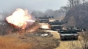 Xe tăng Báo đen của Hàn Quốc phô diễn kỹ năng săn mồi