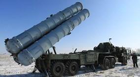 Cận cảnh sức mạnh tên lửa S-400 tối tân của Nga