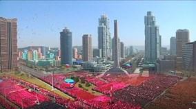 Biển người cờ hoa vỡ òa cảm xúc trước 'Dubai của Triều Tiên'