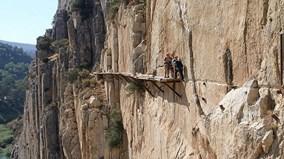 Đường bộ nguy hiểm nhất thế giới hết nguy hiểm