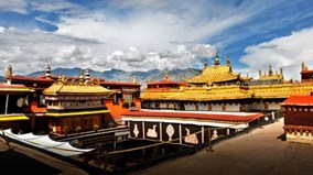 Ngỡ ngàng trước vẻ đẹp của ngôi chùa 1300 tuổi linh thiêng nhất Tây Tạng