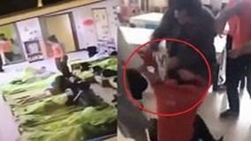 Đánh đập trẻ mầm non, cô giáo bị phụ huynh đến tận lớp đánh dằn mặt