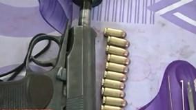 Tên cướp liều lĩnh nổ súng bắn công an khi đang cướp tiệm vàng