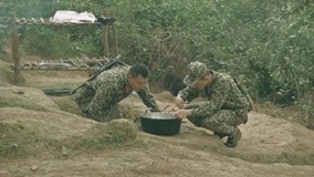 Quốc Thiên 'nấu cơm thành cháo lợn' trong quân ngũ