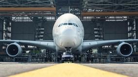 Porsche Cayenne kéo máy bay Airbus A380 lập kỷ lục Guinness
