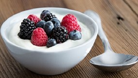 Sữa chua không hẳn có lợi cho sức khỏe?