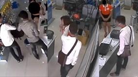 Điều tra nghi án dùng súng cướp cửa hàng điện thoại