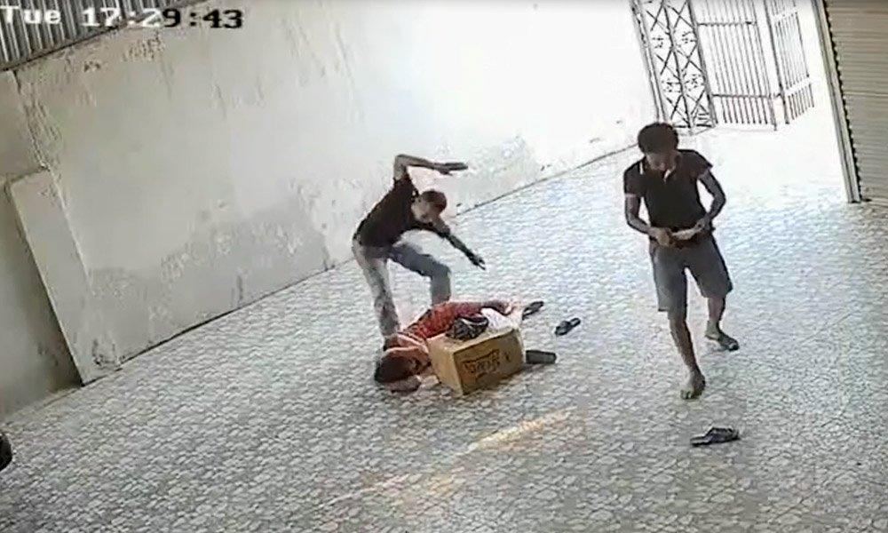 đánh người, đánh chủ xe, Nghệ An, hành hung, bạo lực