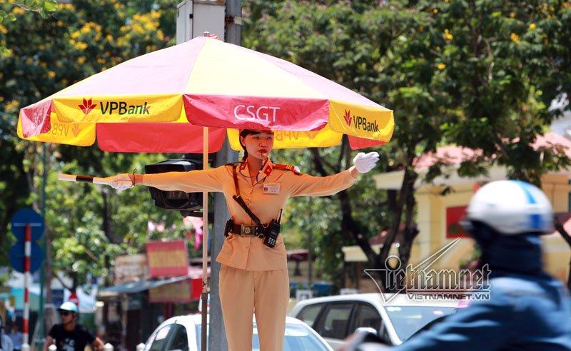cảnh sát giao thông, CSGT, nữ cảnh sát giao thông, Đào Vịnh Thắng