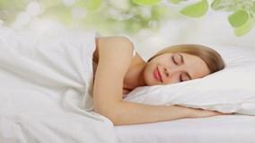 Lợi ích không ngờ khi nằm ngủ nghiêng bên trái