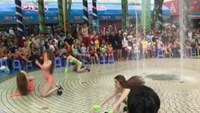 Vụ vũ công mặc bikini nhảy múa phản cảm ở Đầm Sen: Sẽ xử lý nghiêm khắc