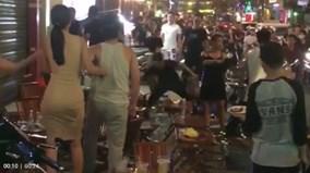 Hỗn chiến náo loạn ở phố Tây tại Sài Gòn