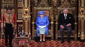 Sự trùng hợp hay lời chia tay EU tế nhị của nữ hoàng Anh?