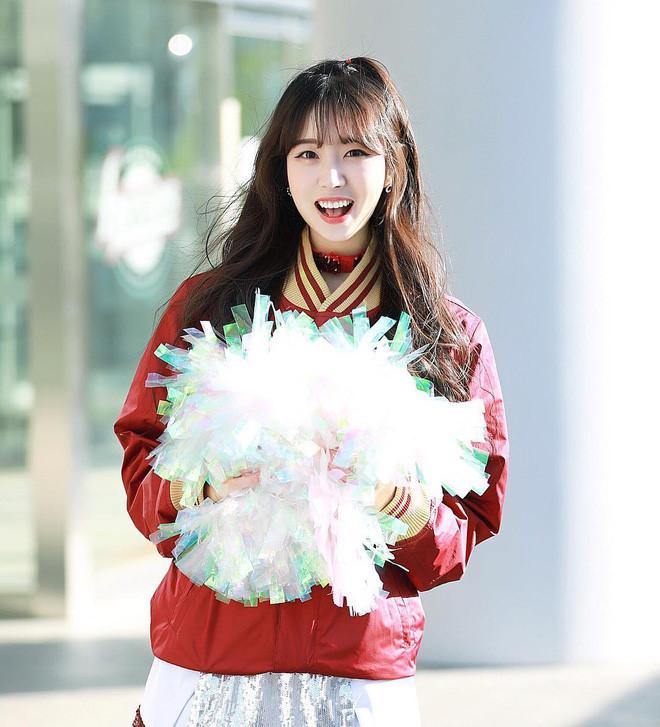 Co gai xinh dep duoc menh danh 'Seolhyun cua gioi cheerleader' hinh anh 4
