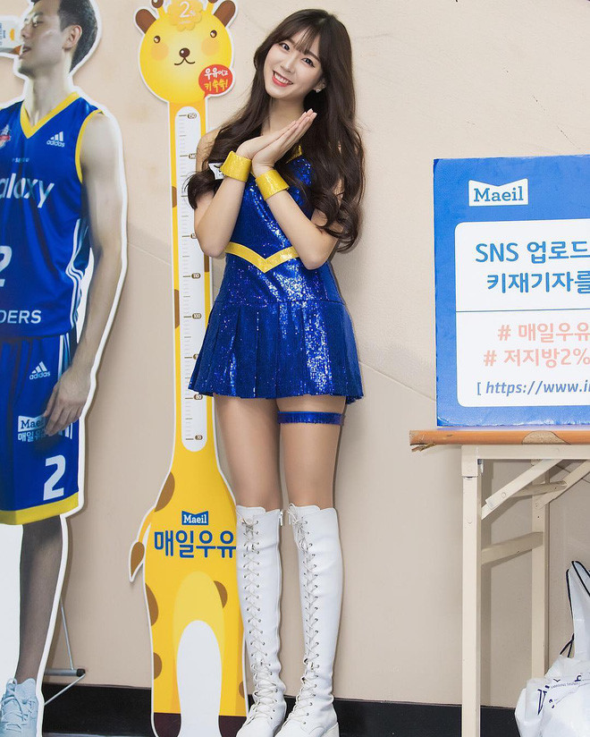 Co gai xinh dep duoc menh danh 'Seolhyun cua gioi cheerleader' hinh anh 7