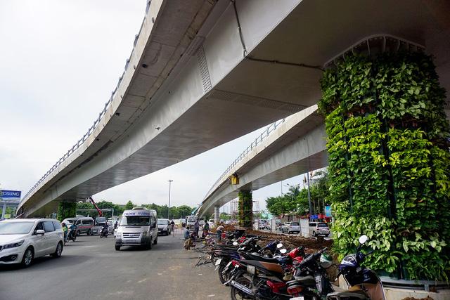 Cầu vượt có chi phí đầu tư 242 tỷ đồng, dự kiến thông xe ngày 3/7.