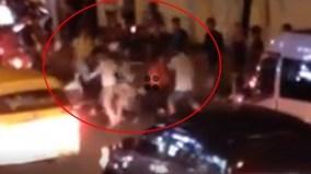 Va chạm giao thông, 2 nhóm thanh niên lao vào đánh nhau dữ dội
