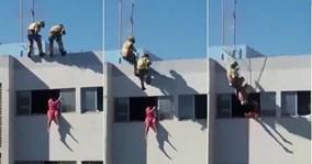Lính cứu hỏa tung cước, đạp người định tự tử bay ngược vào phòng