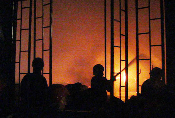 cháy lớn ở Sài Gòn, cháy lớn ở công ty may, cháy lớn, cháy nhà xưởng