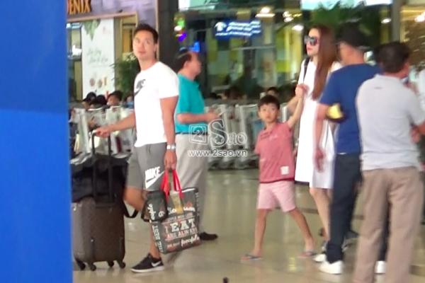 ĐỘC QUYỀN: Clip Hồ Ngọc Hà và Kim Lý hôn nhau khi cùng đi nghỉ dưỡng Côn Đảo-10
