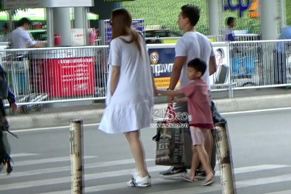 ĐỘC QUYỀN: Clip Hồ Ngọc Hà và Kim Lý hôn nhau khi cùng đi nghỉ dưỡng Côn Đảo-11