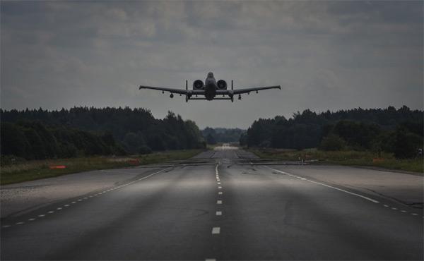 chiến cơ Mỹ, Thần sấm A-10