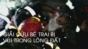 Giải cứu bé trai bị vùi sâu trong đổ nát sau trận động đất ở Ý