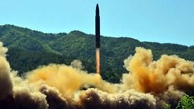 Triều Tiên phóng liên tiếp tên lửa từ biển