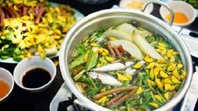 Độc đáo hương vị cá linh non đầu mùa lũ